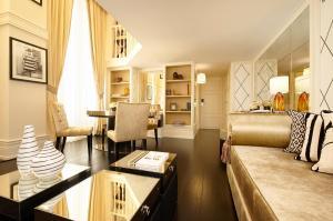 Executive Duplex Suite