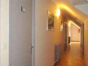 Logis Hotel Des Rochers, Hotel  Marvejols - big - 11