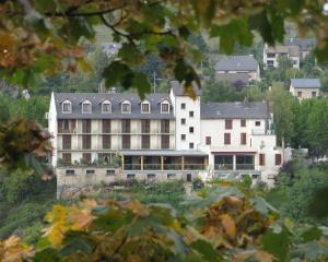 Logis Hotel Des Rochers, Hotely  Marvejols - big - 19