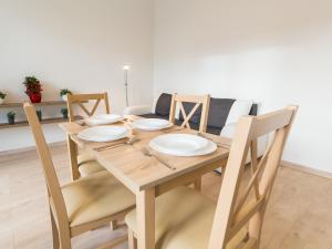 Feniks Apartamenty - Holiday Home, Apartmanok  Kołobrzeg - big - 114