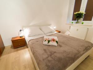 Feniks Apartamenty - Holiday Home, Apartmanok  Kołobrzeg - big - 115
