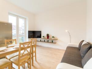 Feniks Apartamenty - Holiday Home, Apartmanok  Kołobrzeg - big - 117