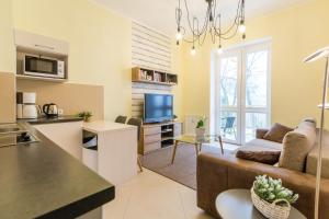 Feniks Apartamenty - Holiday Home, Apartmanok  Kołobrzeg - big - 120