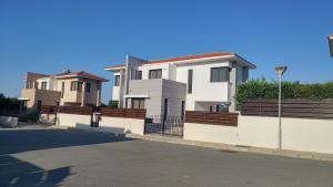 Sand Beach Villa, Holiday homes  Voroklini - big - 46