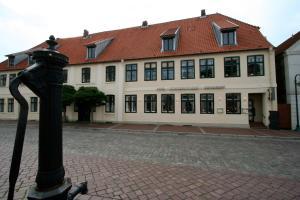 Hotel Restaurant Bürgerstuben, Hotels  Bad Segeberg - big - 1