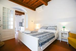 Florence San Marco Apartment - AbcAlberghi.com