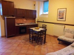 Agriturismo Casa degli Archi, Farm stays  Lapedona - big - 7