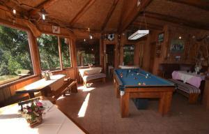 Lodge Y Cabañas Los Cisnes, Lodges  Valdivia - big - 37