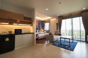 Green Ville Laguna Hotel, Hotely  Sung Noen - big - 13