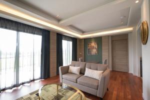 Green Ville Laguna Hotel, Hotely  Sung Noen - big - 21
