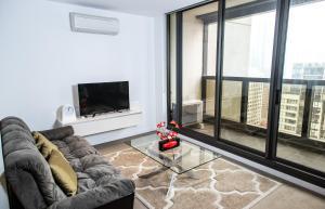 Modern 639 Lonsdale APT, Apartmanok  Melbourne - big - 4