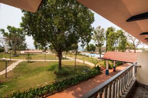 Hotel Hill Rock, Отели  Tiracol - big - 6