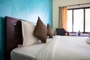 Hotel Hill Rock, Отели  Tiracol - big - 5