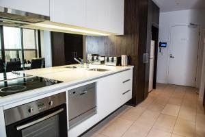 Modern 639 Lonsdale APT, Apartmanok  Melbourne - big - 22