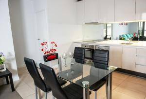 Modern 639 Lonsdale APT, Apartmanok  Melbourne - big - 31