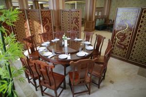 Sultan Palace Hotel, Szállodák  Atirau - big - 48