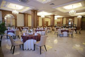 Sultan Palace Hotel, Szállodák  Atirau - big - 44