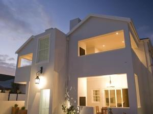 Kenjockity Self Catering Apartments, Apartmány  Hermanus - big - 1