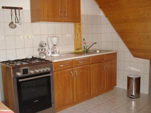 Festetics Apartman, Appartamenti  Gyenesdiás - big - 13