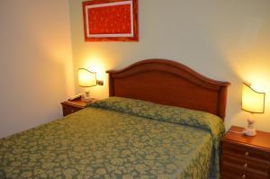 Hotel Olioso, Hotel  Peschiera del Garda - big - 13