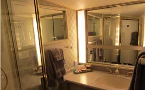 Ocean Romance Dockside Bed & Breakfast Yacht, B&B (nocľahy s raňajkami)  Newport - big - 9