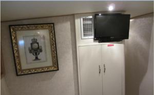 Ocean Romance Dockside Bed & Breakfast Yacht, B&B (nocľahy s raňajkami)  Newport - big - 14