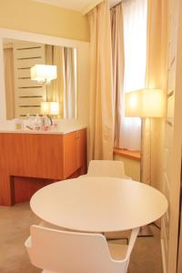 Best Western Mirage Hotel Fiera, Hotels  Paderno Dugnano - big - 32