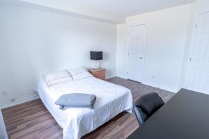 Havre de paix/Safe haven, Apartmány  Gatineau - big - 14