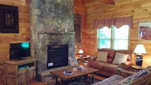 Baird's Creek Cabin, Dovolenkové domy  Poplar Grove - big - 5