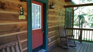 Baird's Creek Cabin, Dovolenkové domy  Poplar Grove - big - 7