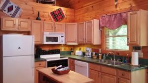 Baird's Creek Cabin, Дома для отпуска  Poplar Grove - big - 15