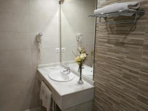 Hotel Maestre, Hotely  Córdoba - big - 40