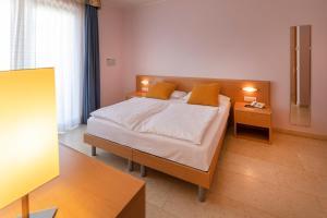 Hotel Garnì Orchidea, Отели  Мальчезине - big - 58
