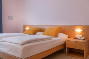 Hotel Garnì Orchidea, Отели  Мальчезине - big - 46