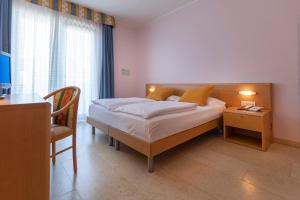 Hotel Garnì Orchidea, Отели  Мальчезине - big - 45