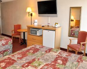 Rodeway Inn, Motels  Asheville - big - 15