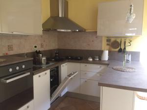 Casa Privata Viareggio - AbcAlberghi.com
