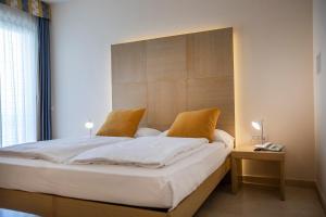 Hotel Garnì Orchidea, Отели  Мальчезине - big - 64