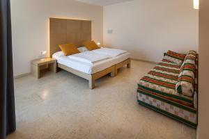 Hotel Garnì Orchidea, Отели  Мальчезине - big - 44