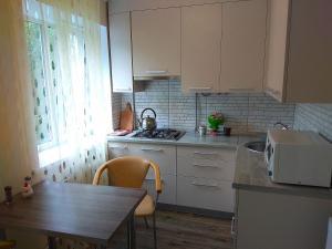 квартира біля центру, Apartments  Rivne - big - 11