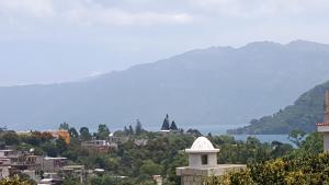Villas de Atitlan, Комплексы для отдыха с коттеджами/бунгало  Серро-де-Оро - big - 65