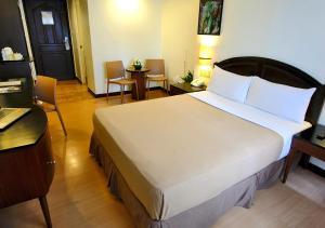 Fersal Hotel Neptune Makati, Hotels  Manila - big - 16