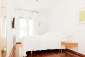 Apartamentos Sabinas El Pilar, Apartmány  Zaragoza - big - 36