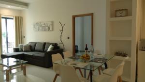 Anadia Atrium, Apartments  Funchal - big - 51