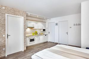 H+ Hotel Ferienpark Usedom, Apartmanok  Ostseebad Koserow - big - 8