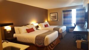 Microtel Inn & Suites by Wyndham Whitecourt, Отели  Whitecourt - big - 17
