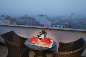 Golden Silk Boutique Hotel, Hotel  Hanoi - big - 87