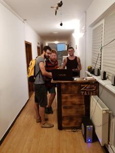Zen Tribe Hostel Bucharest, Хостелы  Бухарест - big - 32