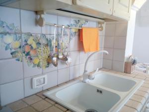 Casa Indipendente Settecentesca, Апартаменты  Остуни - big - 35