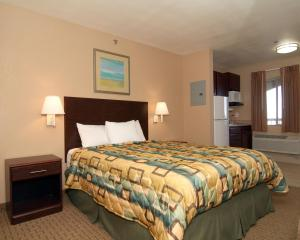 Suburban Extended Stay Hotel Alamogordo, Отели  Alamogordo - big - 11